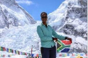 Saray Khumalo became the first black african women to conquer Mt. Everest in her fourth attempt