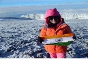 Aparna Kumar becomes the first Civil Servant and IPS officer to win the challenge of its Seven Summits