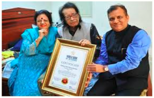 Manoj Kumar complimented by London's World Book of Records for contribution to Indian cinema